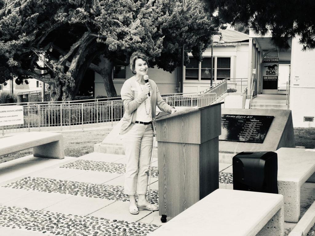 Leslie Saldana at lectern